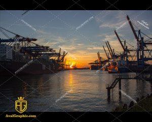 عکس با کیفیت کشتی های نفتی مناسب برای طراحی و چاپ - عکس کشتی - تصویر کشتی- شاتر استوک کشتی - شاتراستوک کشتی
