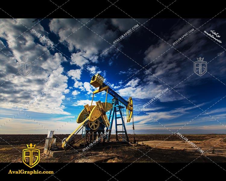 عکس با کیفیت نفت کش زرد مناسب برای طراحی و چاپ - عکس نفت کش - تصویر نفت کش - شاتر استوک نفت کش - شاتراستوک نفت کش
