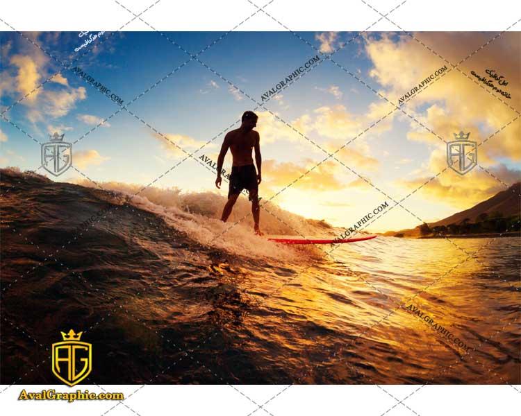 عکس با کیفیت موج سوار شجاع مناسب برای طراحی و چاپ - عکس موج سوار - تصویر موج سوار - شاتر استوک موج سوار - شاتراستوک موج سوار
