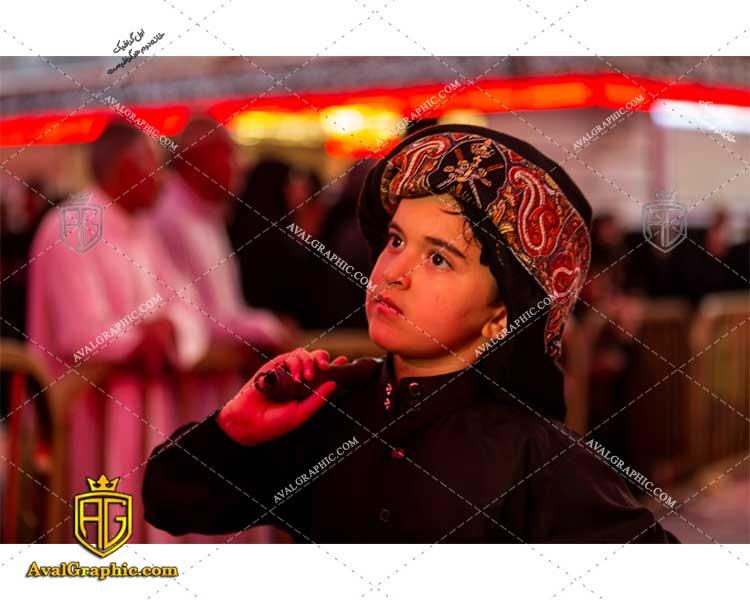 عکس با کیفیت کودک و مراسم محرم مناسب برای طراحی و چاپ - عکس زنجیر زنی- تصویر زنجیر زنی- شاتر استوک زنجیر زنی- شاتراستوک زنجیر زنی