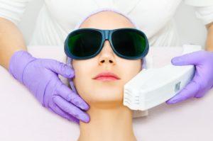 عکس با کیفیت لیزر موی صورت مناسب برای طراحی و چاپ - عکس لیزر - تصویر لیزر - شاتر استوک لیزر - شاتراستوک لیزر