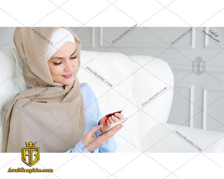 عکس با کیفیت پرداخت اینترنتی دختر باحجاب مناسب برای طراحی و چاپ - عکس دختر باحجاب - تصویر دختر باحجاب - شاتر استوک دختر باحجاب
