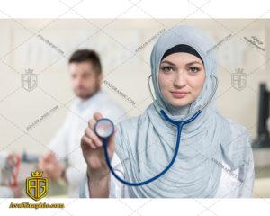 عکس با کیفیت پزشک با حجاب مناسب برای طراحی و چاپ - عکس پزشک با حجاب - تصویر پزشک با حجاب - شاتر استوک پزشک با حجاب - شاتراستوک پزشک با حجاب