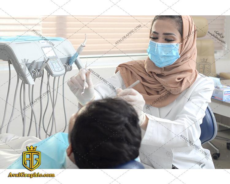 عکس با کیفیت دکتر دندانپزشک مسلمان مناسب برای طراحی و چاپ - عکس دندانپزشک مسلمان - تصویر دندانپزشک مسلمان - شاتر استوک دندانپزشک مسلمان