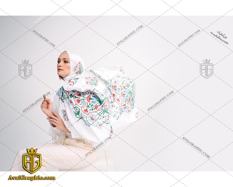عکس با کیفیت خانم با حجاب سفیدپوش مناسب برای طراحی و چاپ - عکس خانم با حجاب - تصویر خانم با حجاب - شاتر استوک خانم با حجاب